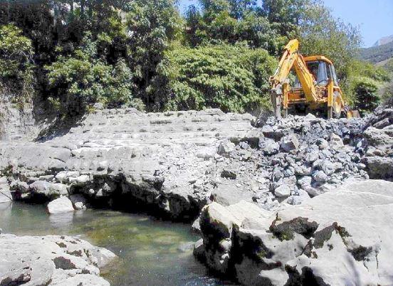 Demolición Presa Trefilerias Cantabria